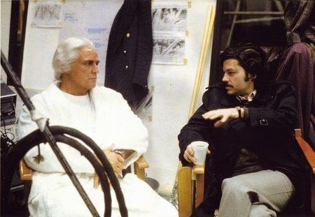 producer-ilya-salkind-with-marlon-brando-on-the-set-of-superman-(1977)